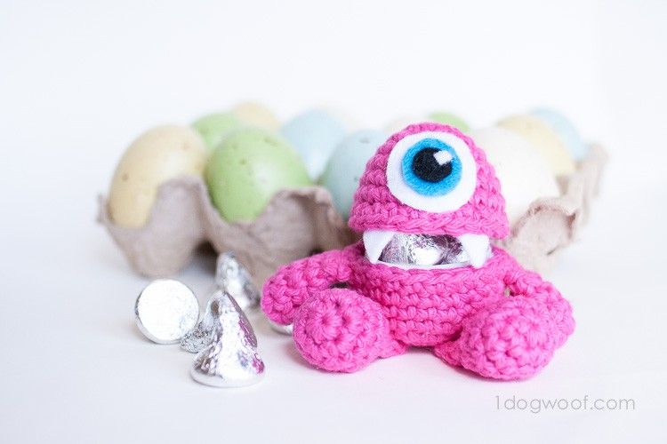 [Free Pattern] Make Your Very Own Little Monster Easter Egg Crochet