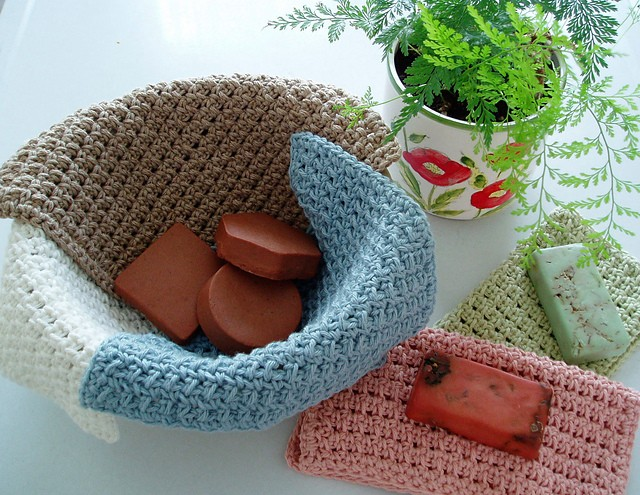 [Free Pattern] Pamper Your Skin With These Waffle Crochet Spa Washcloths - Knit And Crochet Daily