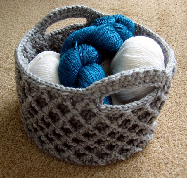 Free Pattern Round And Rectangular Crochet Baskets