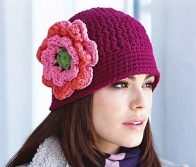 648eb91d379  Free Pattern Love This Crochet Beanie Hat With Flower