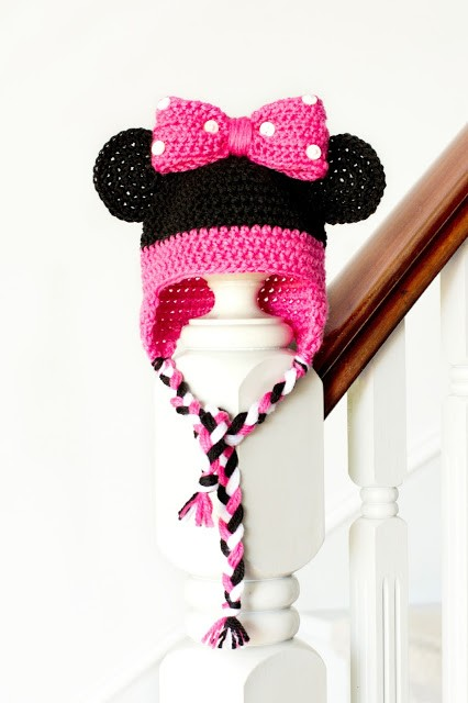 Minnie Mouse Inspired Baby Hat Crochet Pattern 1
