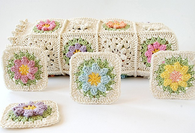 Flowers Granny Square Blanket Free Crochet Pattern