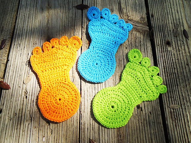 Crochet Patterns Coasters : Free Tutorial] Fun And Easy Crochet Coasters: Happy Foot