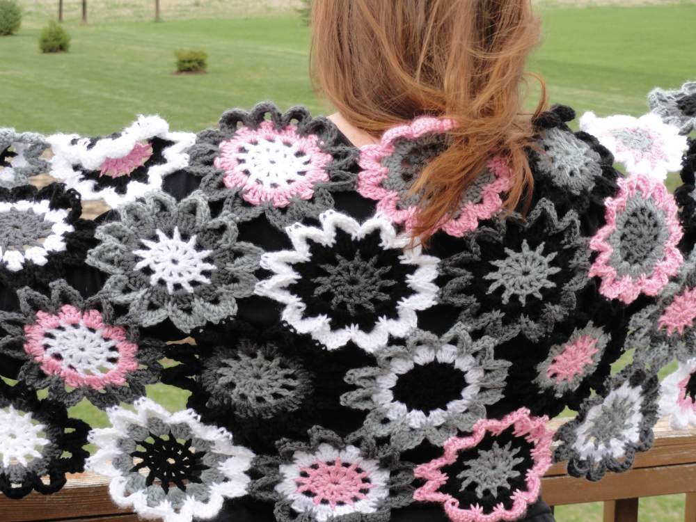 Free Crochet Pattern Japanese Flower : [Free Pattern] What Someone Can Do With These Crochet ...