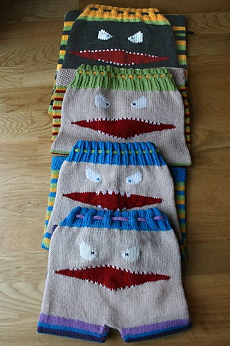 [Free Pattern] Knitted Monster Pants With Mouth And Teeth ...