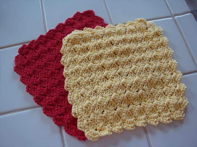 Free Pattern Tulip Stitch Dishcloth