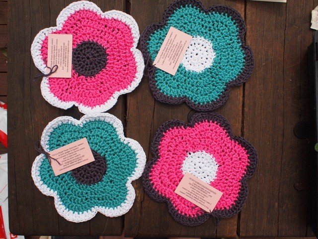 Flower_Dishcloth_re_medium2