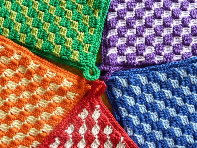 Free SmoothFox's Diagonal Box Stitch Square