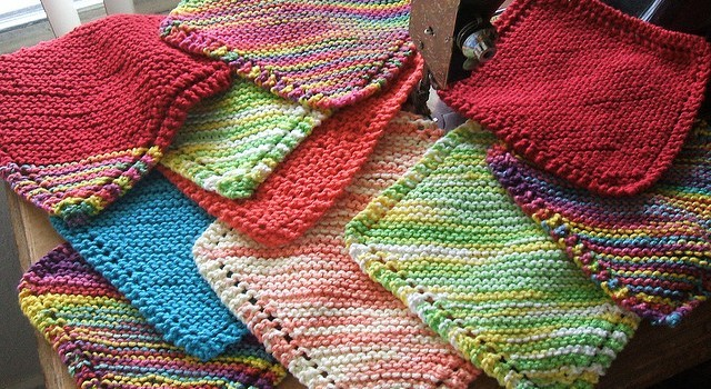 Free Pattern Very Easy Diagonally Knit Dishcloth With Eyelet Border