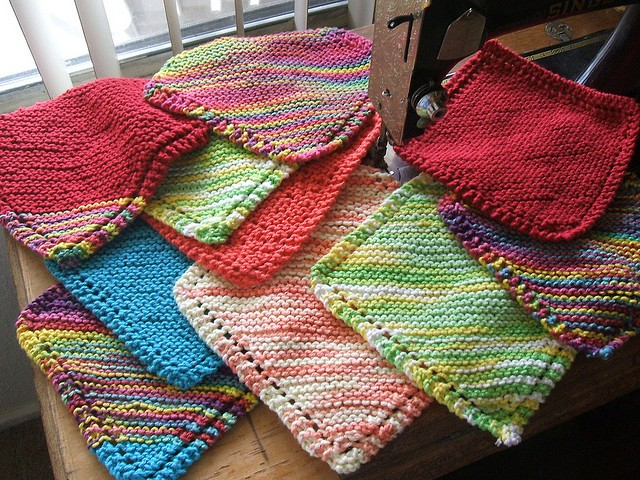 [Free Pattern] Very Easy Diagonally Knit Dishcloth With Eyelet Border: Grandm...
