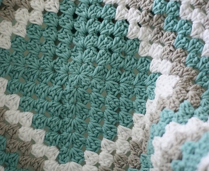 Free Crochet Pattern Granny Square Baby Blanket : More Gift Ideas What To Knit For Baby Knitting Daily ...