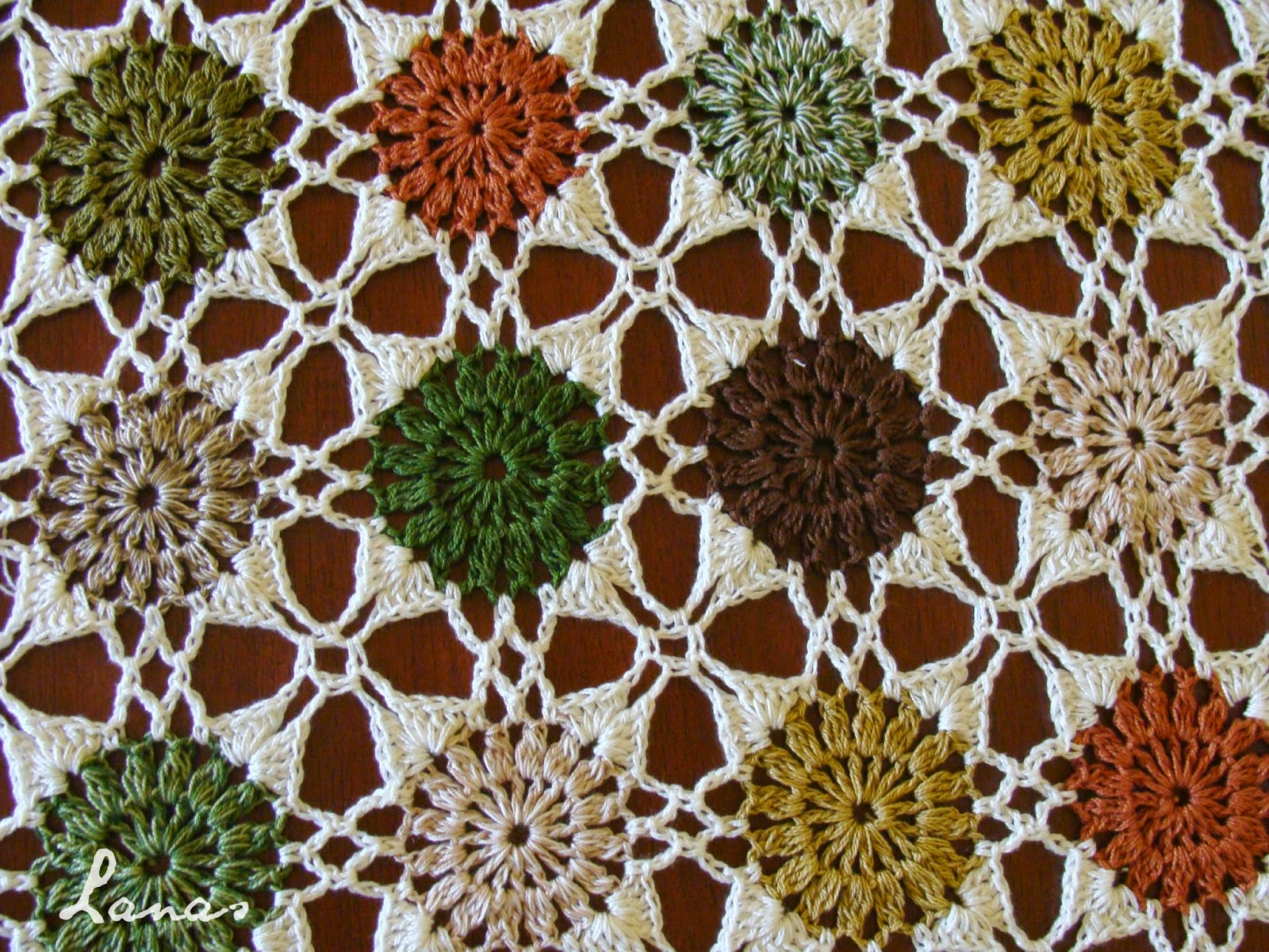Free Pattern This Stunning Table Cloth Is Truly A Work