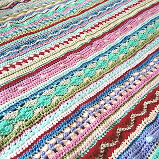 [Free Pattern+ Video Tutorial] Beautiful And Unique Great Stash Buster Blanket: Each Row Is A Different Color And A Different Stitch