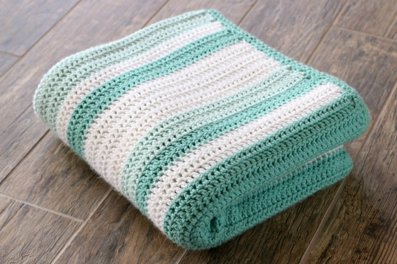 18,000 Stitches Throw- Easy All Double Crochet Afghan Free Pattern