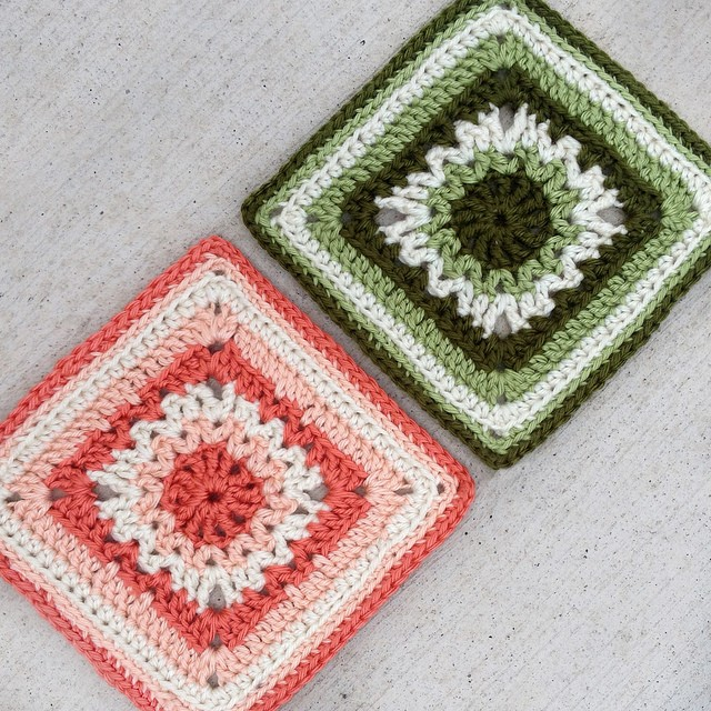 Knitting Patterns For 12 Inch Squares : [Free Pattern] Really Fun To Make 6-Inch Square - Knit And Crochet Daily
