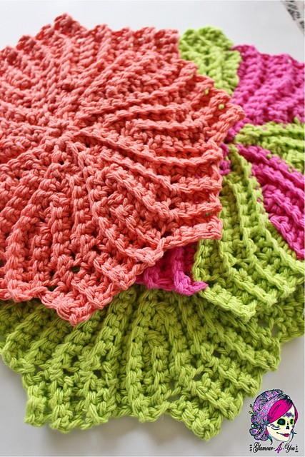 Circle Point Washcloth 2