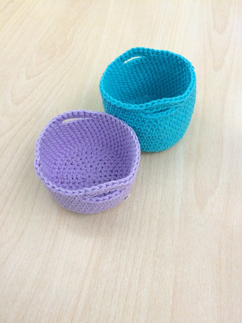 Simple Crochet Mini Basket
