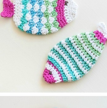 Crochet Knit Stitch In The Round : [Free Pattern] Crochet Fish Scrubbie That Uses The Shell Stitch In The Round ...