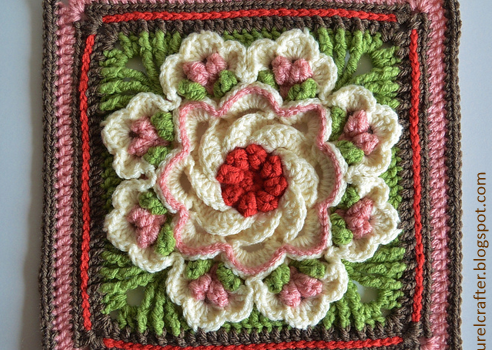 Free Pattern This Tropical Delight Square Leaves You Speechless