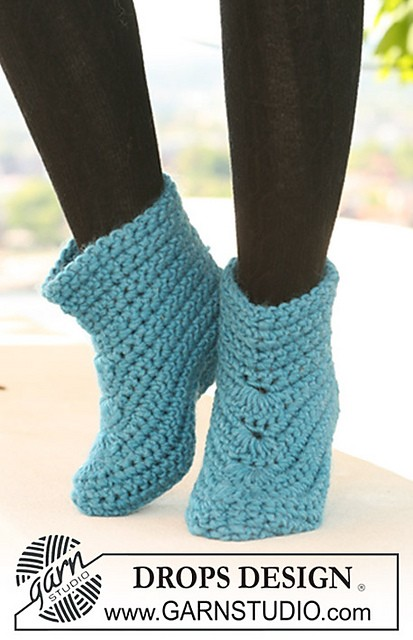 121-14 Slippers by DROPS design
