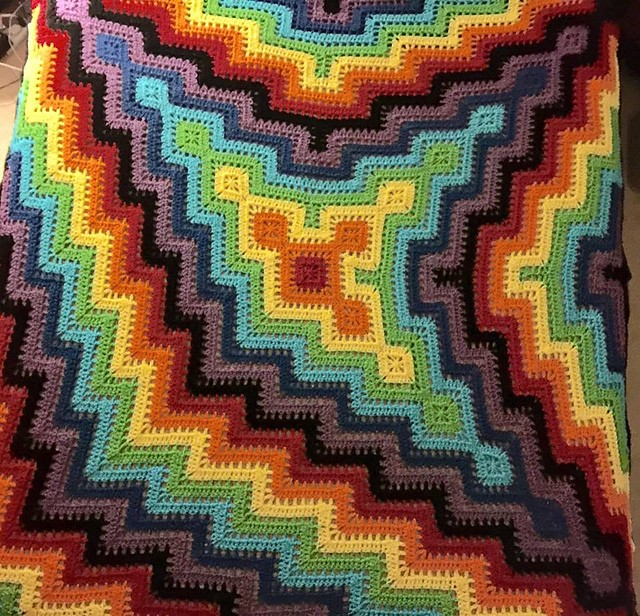 3-Pronged Square and Ripple Blanket