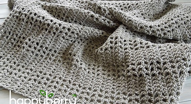 Video Tutorial] Pretty & Airy, This Baby Blanket Crochets Up Quickly ...