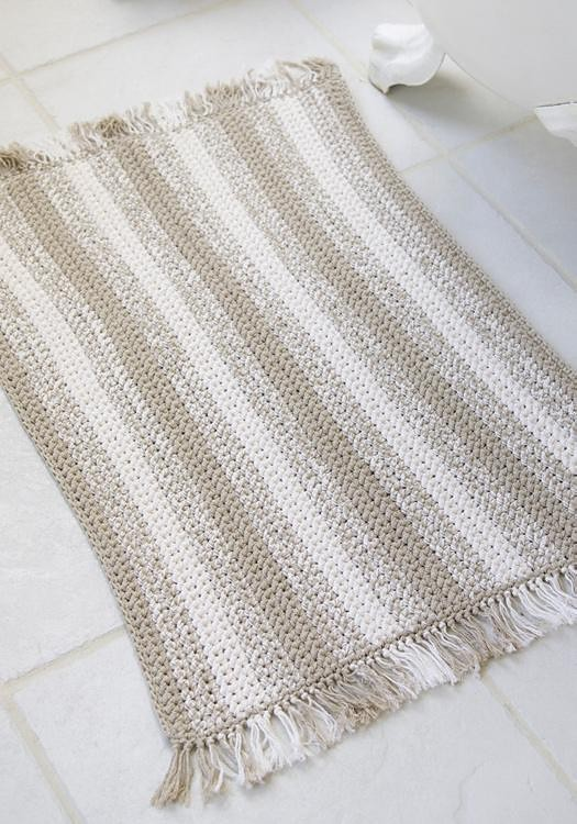 Quick and easy crochet floor rug