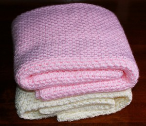 [Free Crochet Patterns] This Is By Far The Fastest And Easiest Crochet Baby Blanket You'll Ever Make!