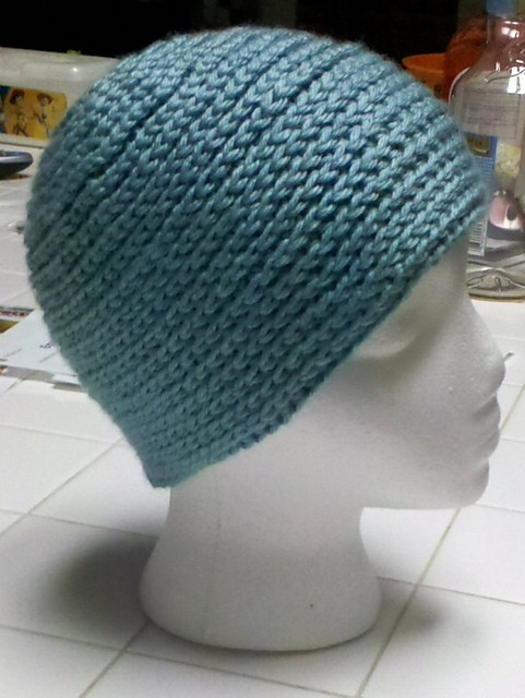 [Free Pattern] This Super Stretchy, Reversible Crochet Hat Looks Knit. Really Cool Effect!