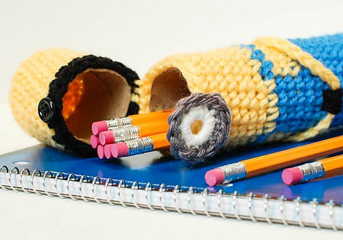 crochet_minion_pencil_case__19_