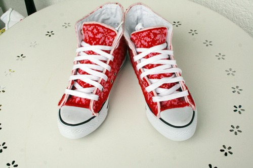 how to kknot a apair of shoe 2