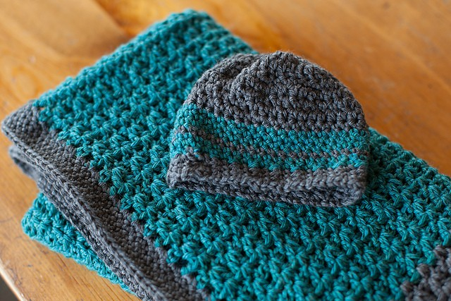 Free Pattern This Baby Blanket And Hat Set Is So Simple ...