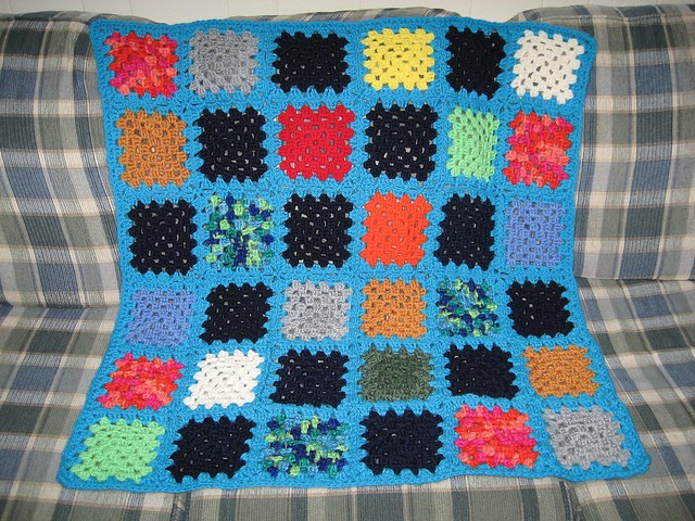 I intend to make a granny square project.