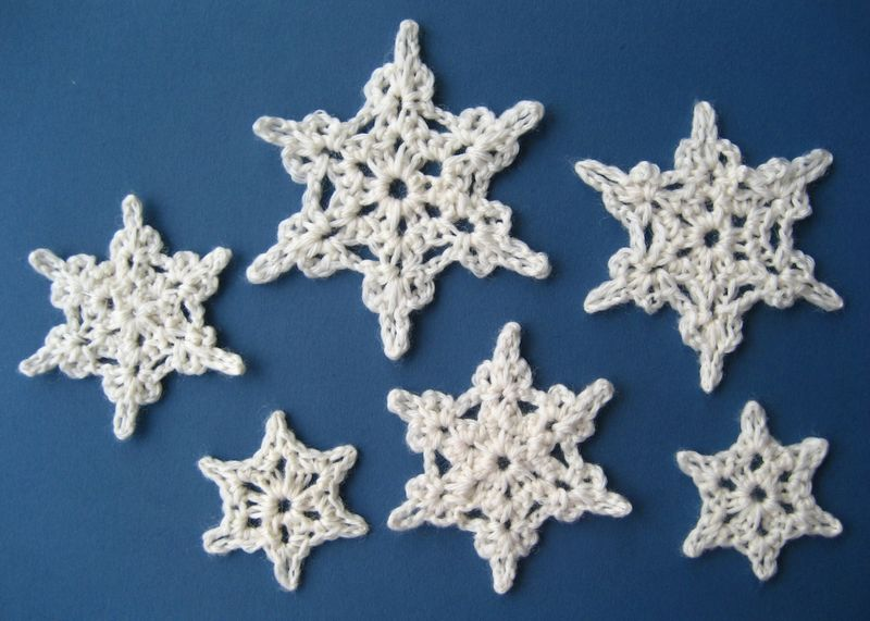 These crocheted Snowflakes are super-easy to make, and super-addictive