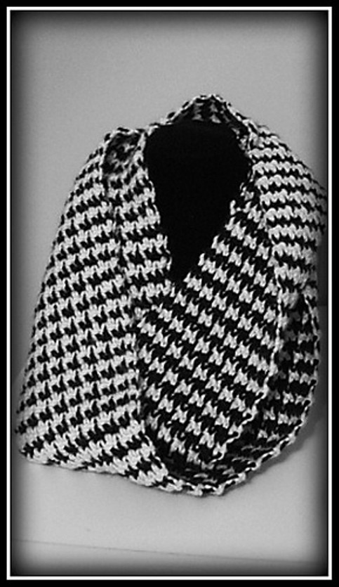 hounds-tooth-scarf