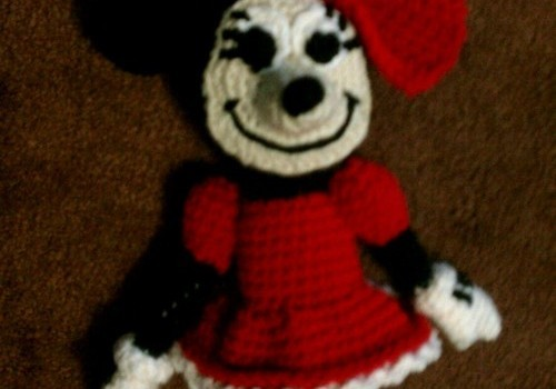 Free Pattern Absolutely Adorable Minnie Mouse Knit And Crochet Daily