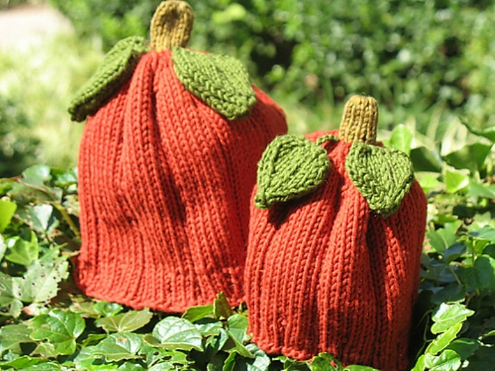 Free Pattern] Cute Little Pumpkin Hat - Knit And Crochet Daily