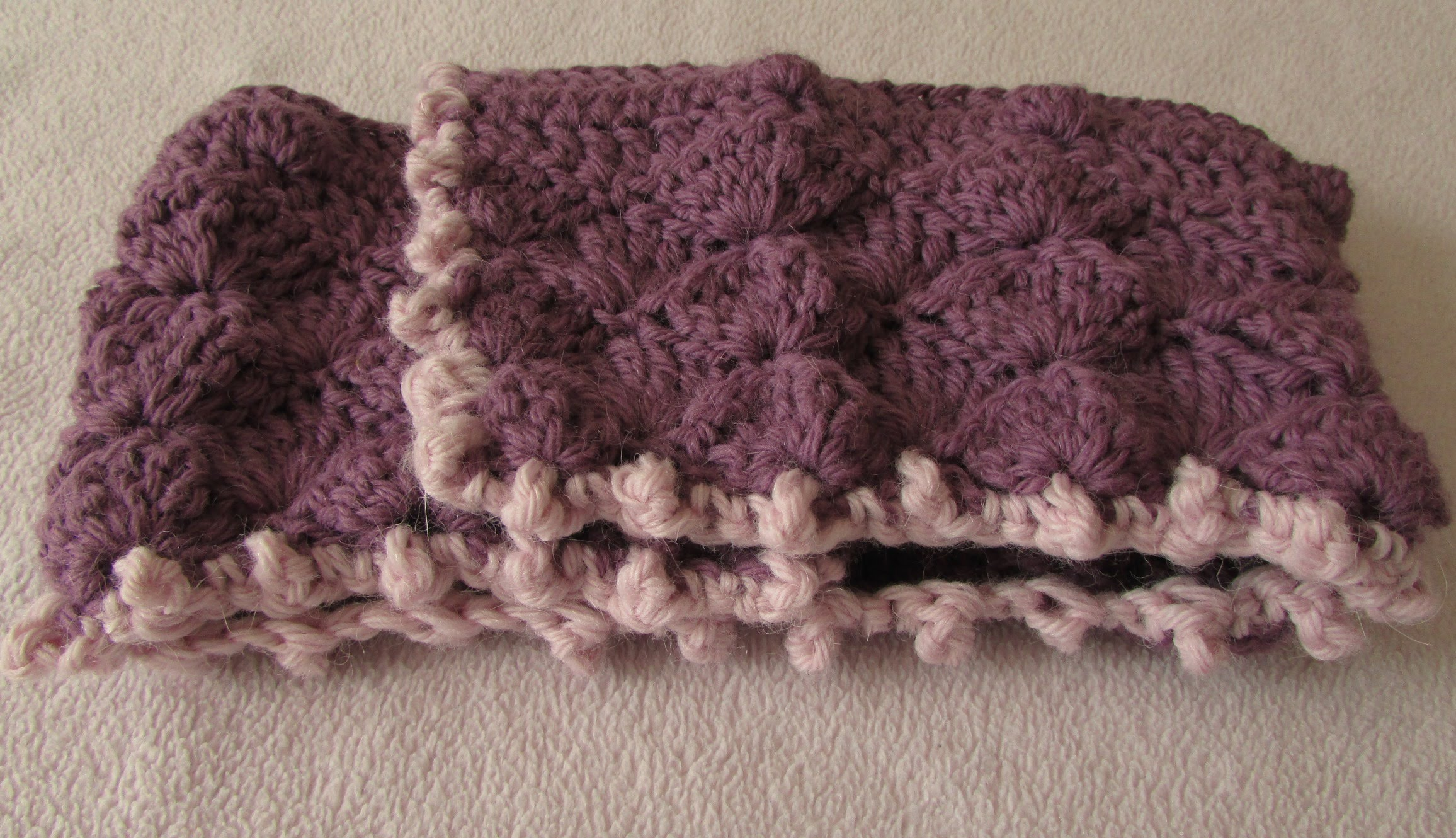 Video Tutorial Two Crochet Stitches And A Beautiful Very Easy To
