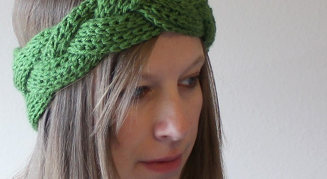 Video Tutorial This Braided Crochet Headband And Earwarmer Is