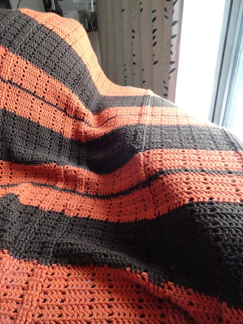 [Free Pattern] Wrap Up In Comfort And Style With This Fabulous Cables Lapghan