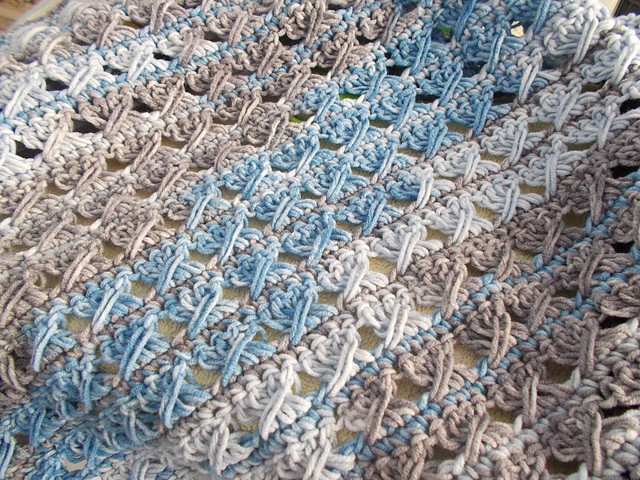 [Free Pattern] Soft And Cuddly Preemie Baby Blanket - Knit ...