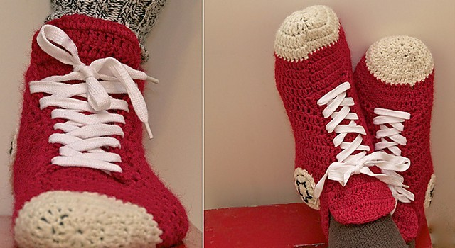 254a9c772e46  Free Pattern+Video Tutorial  Super Fun And Super Easy Crochet Converse  Slippers For Women