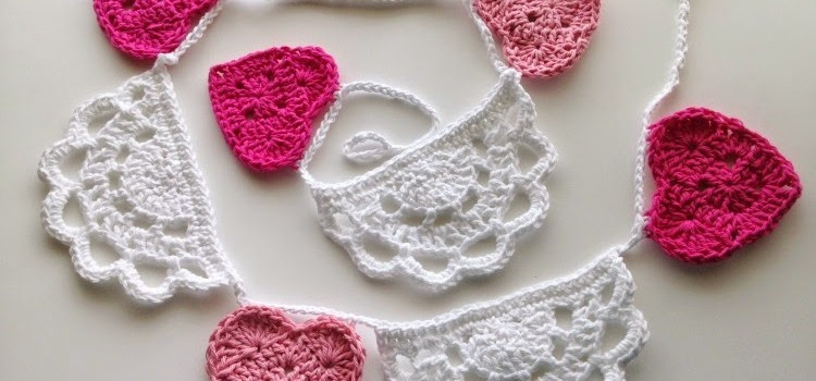 Free Pattern Adorable Crochet Doily Bunting With Hearts Knit And