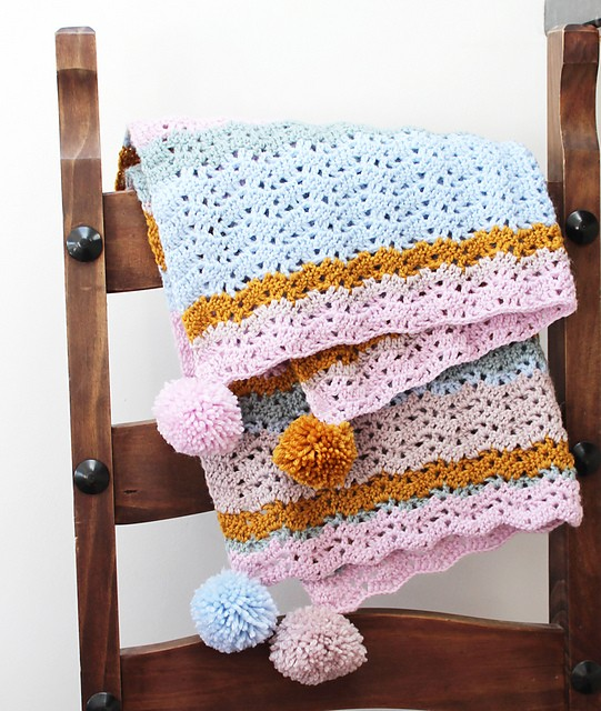 isla lacy ripple blanket by Emma Potter