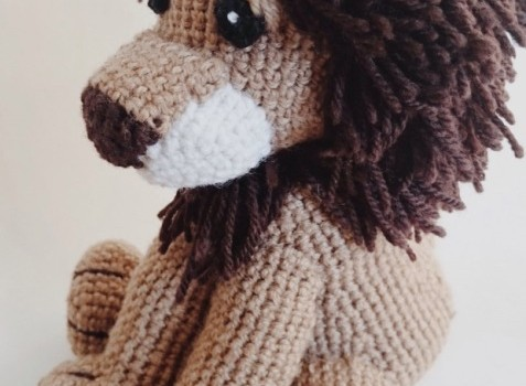 Free Amigurumi Lion Pattern : Free pattern this little lion amigurumi will steal your heart