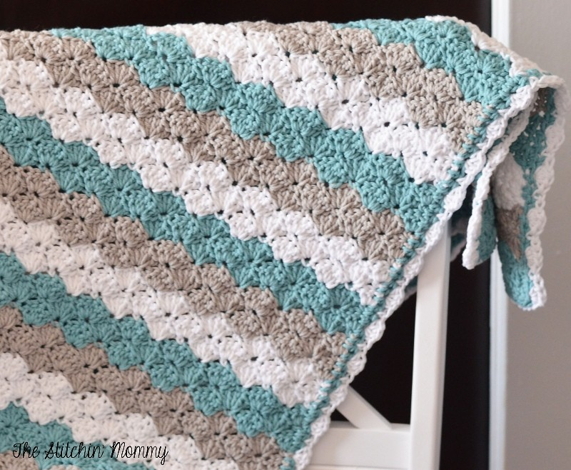 Knit Shell Stitch Baby Blanket : [Free Pattern] Simple But Elegant Shell Stitch Baby Blanket - Knit And Croche...