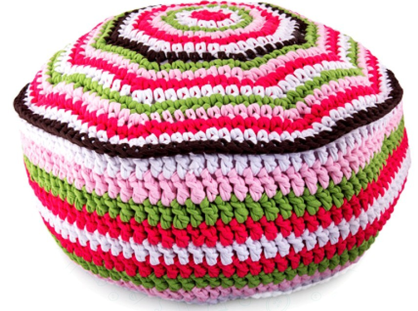Striped_crochet_footstool