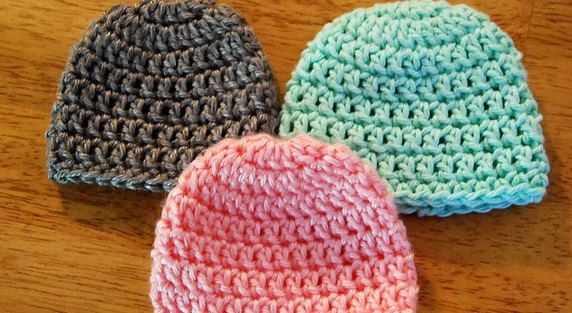 Free Pattern] Teresa\'s 10 Minute Preemie Hat Is So Precious! - Knit ...