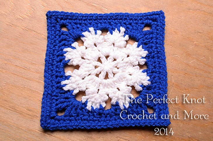 Winter Bliss Square by The Perfect Knot - Michelle Kovach
