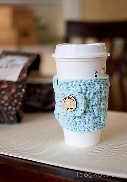 Basketweave Cup Cozy by ChiWei Ranck